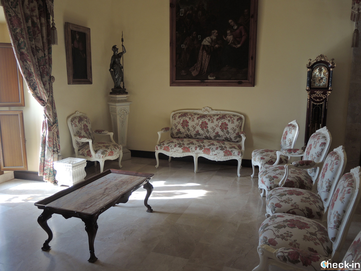 La sala del Monasterio del Puig riservata ai Reali di Spagna in visita a Valencia