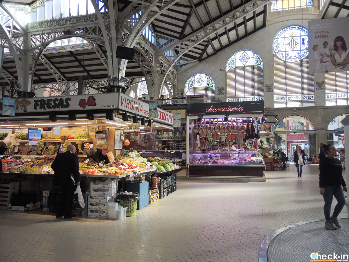 Cosa fare a Valencia: mangiare i prodotti a Km 0 al Mercado Central