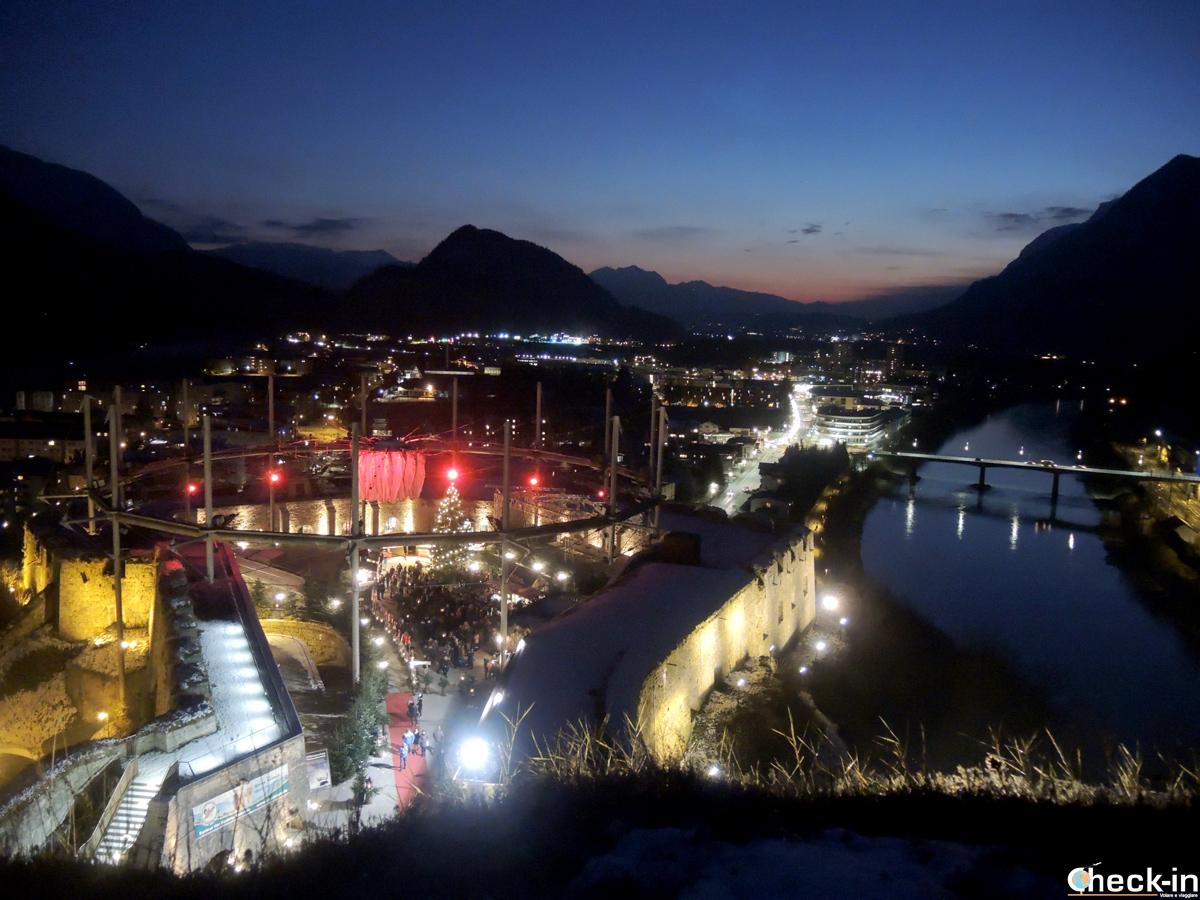 Vista dei mercatini di Natale dalla Fortezza di Kufstein - Tirolo, Austria