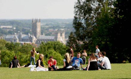 Come ottenere i prestiti per le vacanze studio: breve guida alla scelta di finanziamenti, rate, società creditizie e bandi europei