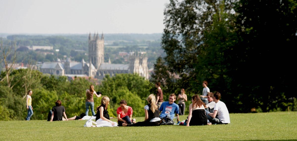 Come ottenere un prestito per una vacanza studio all'estero