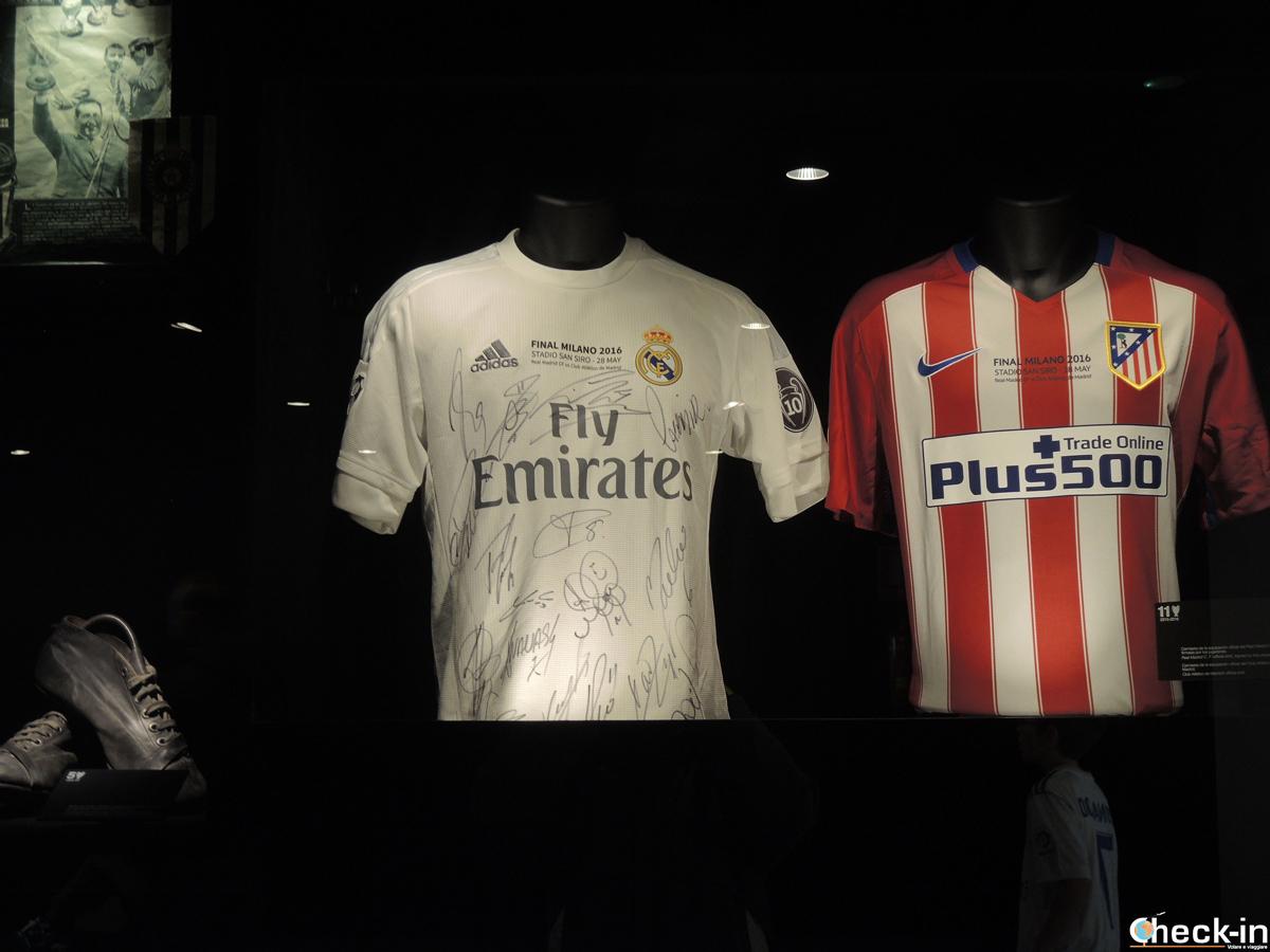 Memorabilia della Champions League vinta dal Real Madrid a Milano nel 2016