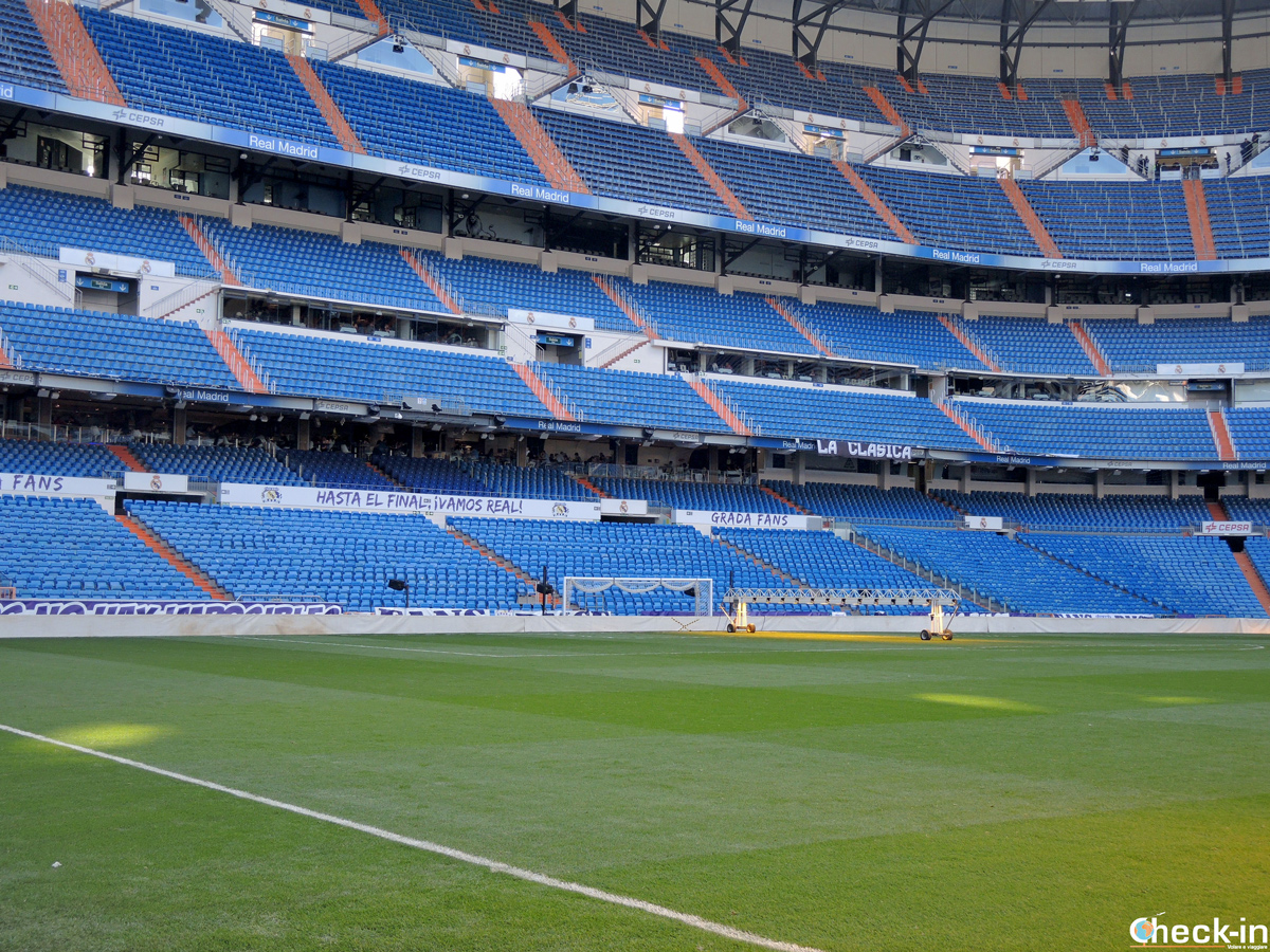 Il campo del Bernabéu visto dalla panchina del Real Madrid