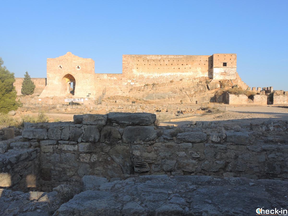 Visita del Castillo de Sagunto en la provincia de Valencia