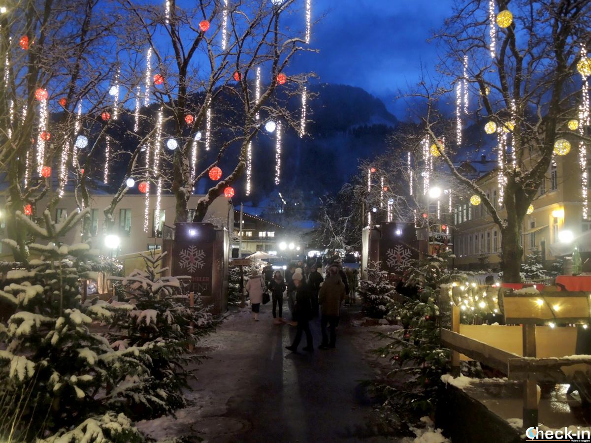 Visita dei mercatini natalizi di Kitzbühel nel cuore delle Alpi austriache