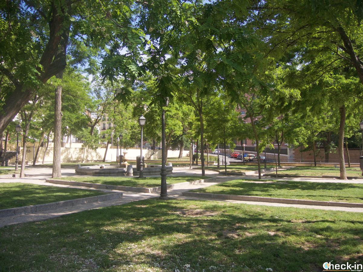 "12 giardini e parchi pubblici a Madrid: ""jardines de la Vistillas"""