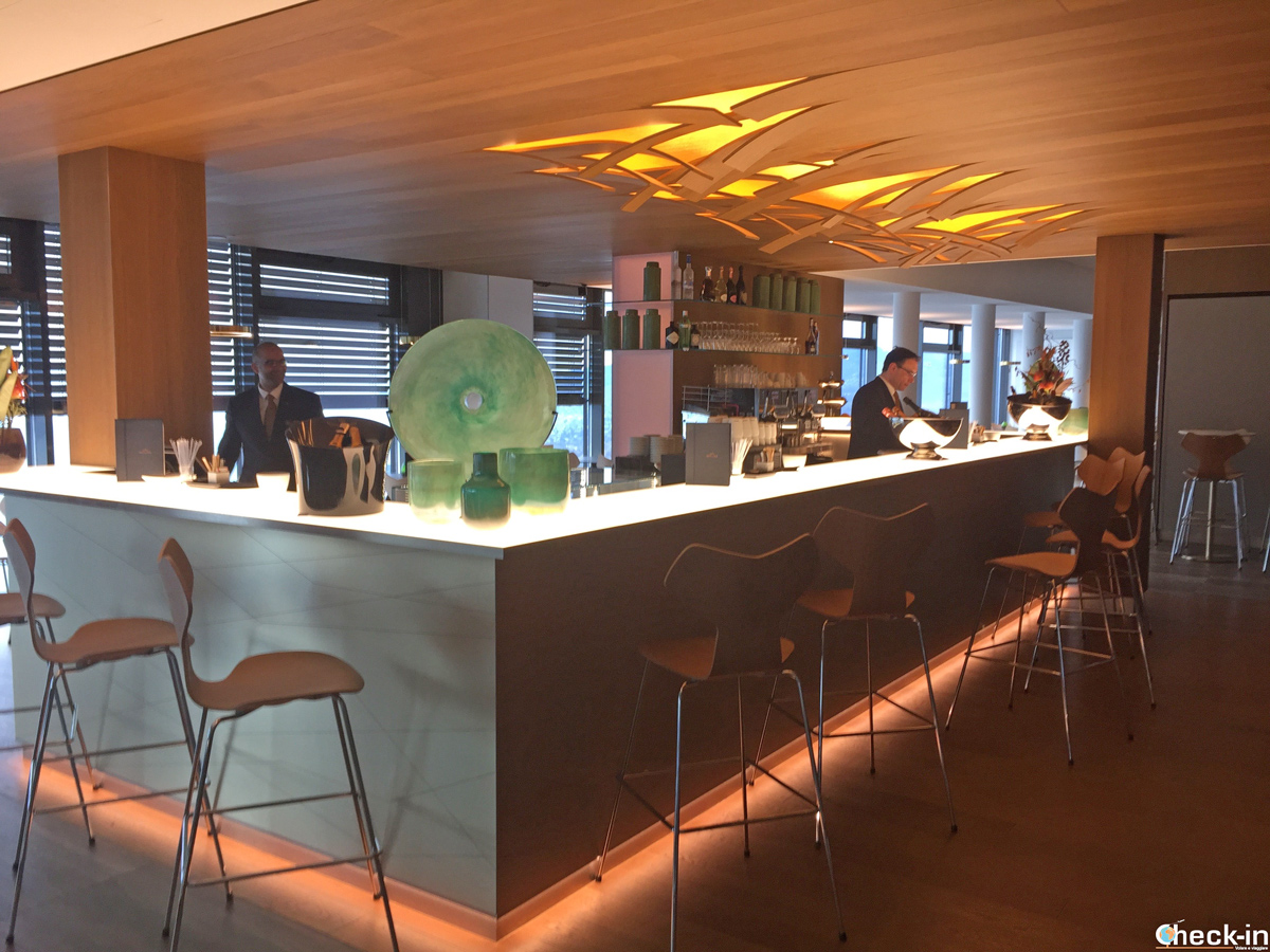 Il Bar Bellevue dell'Università di Glion a Montreux (Svizzera)