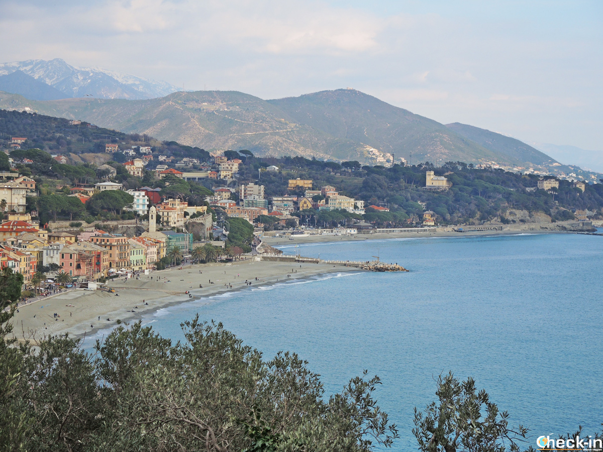 Panorama di Celle Ligure dalla pineta Bottini - Provincia di Savona