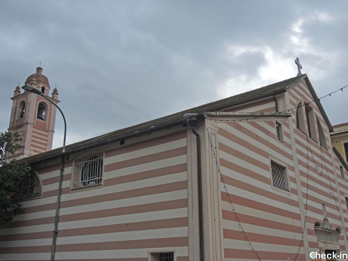 La Chiesa di San Domenico nel centro storico di Varazze (Liguria)