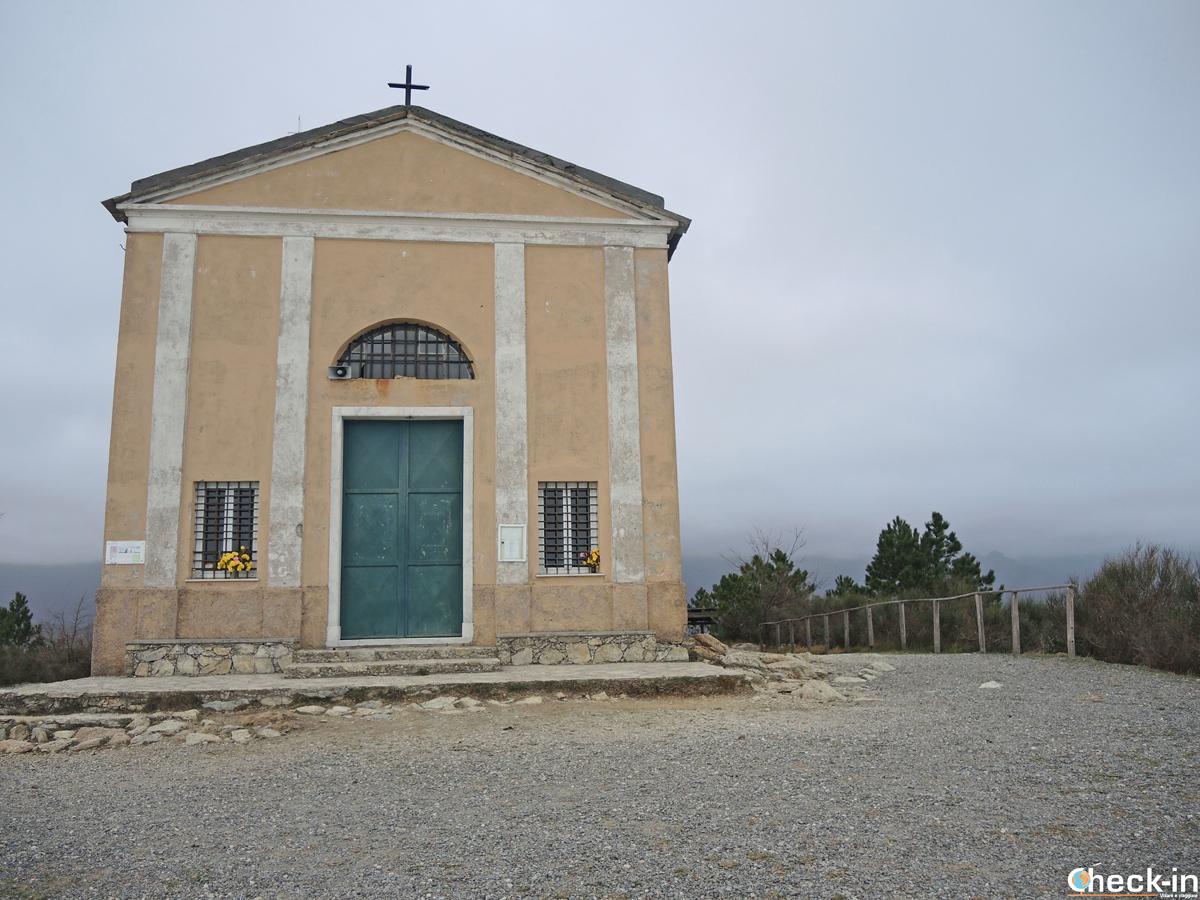 Il Santuario di Nostra Signora della Guardia sul Monte Grosso a Varazze