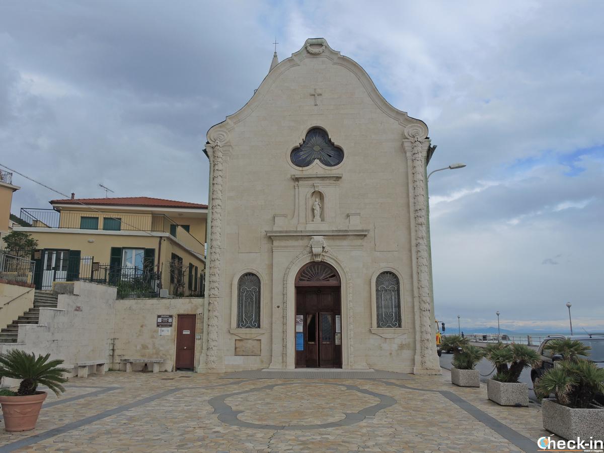 Cosa vedere a Varazze: il Santuario della SS. Trinità