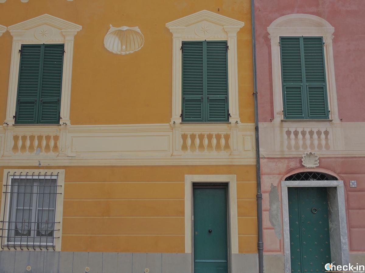 Le case color pastello di Varazze, Liguria