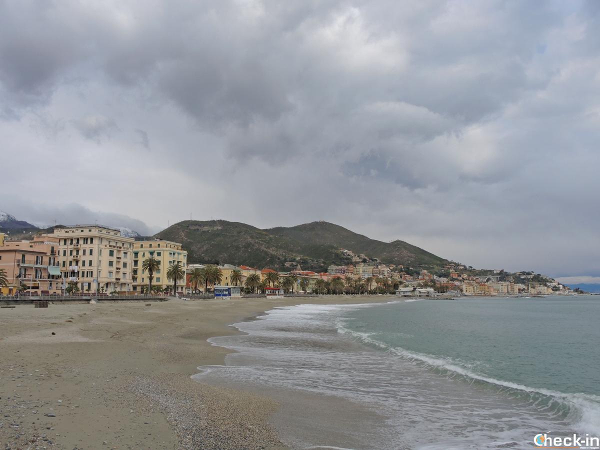 La spiaggia di Varazze - Riviera di ponente, Liguria