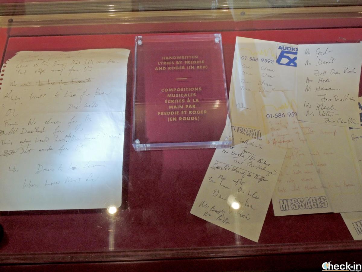 Testi scritti da Freddie Mercury e Roger Taylor nei Mountain Studios di Montreux