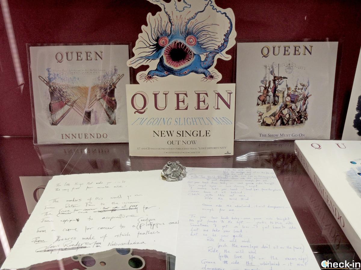"""Memorabilia dell'Album """"Innuendo"""" registrato dai Queen a Montreux"""