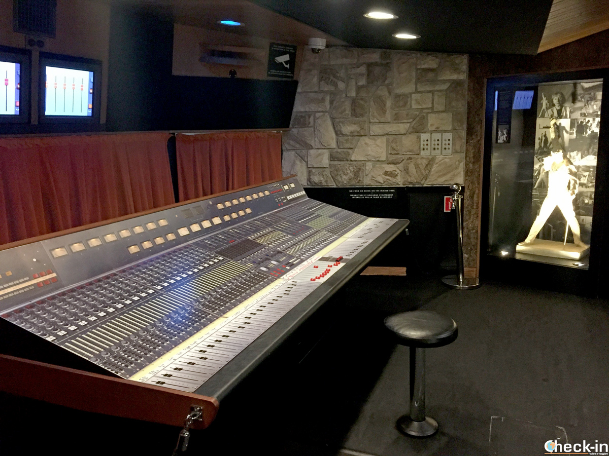 "La sala mixaggio dei Montain Studios dove Mercury incise ""Mother Love"""