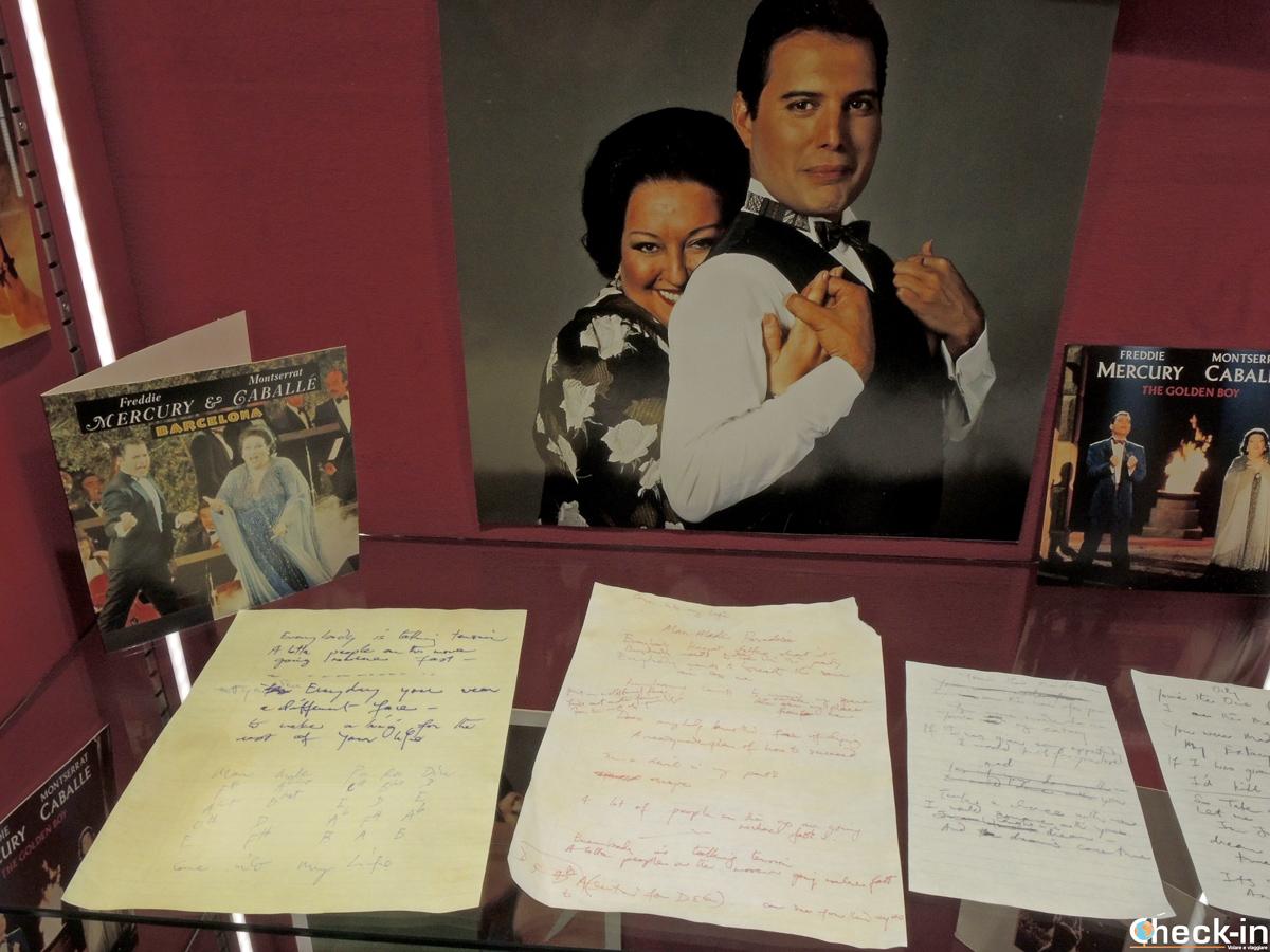 """Testi dell'album """"Barcelona"""" di Mercury e Montserrat Caballé"""