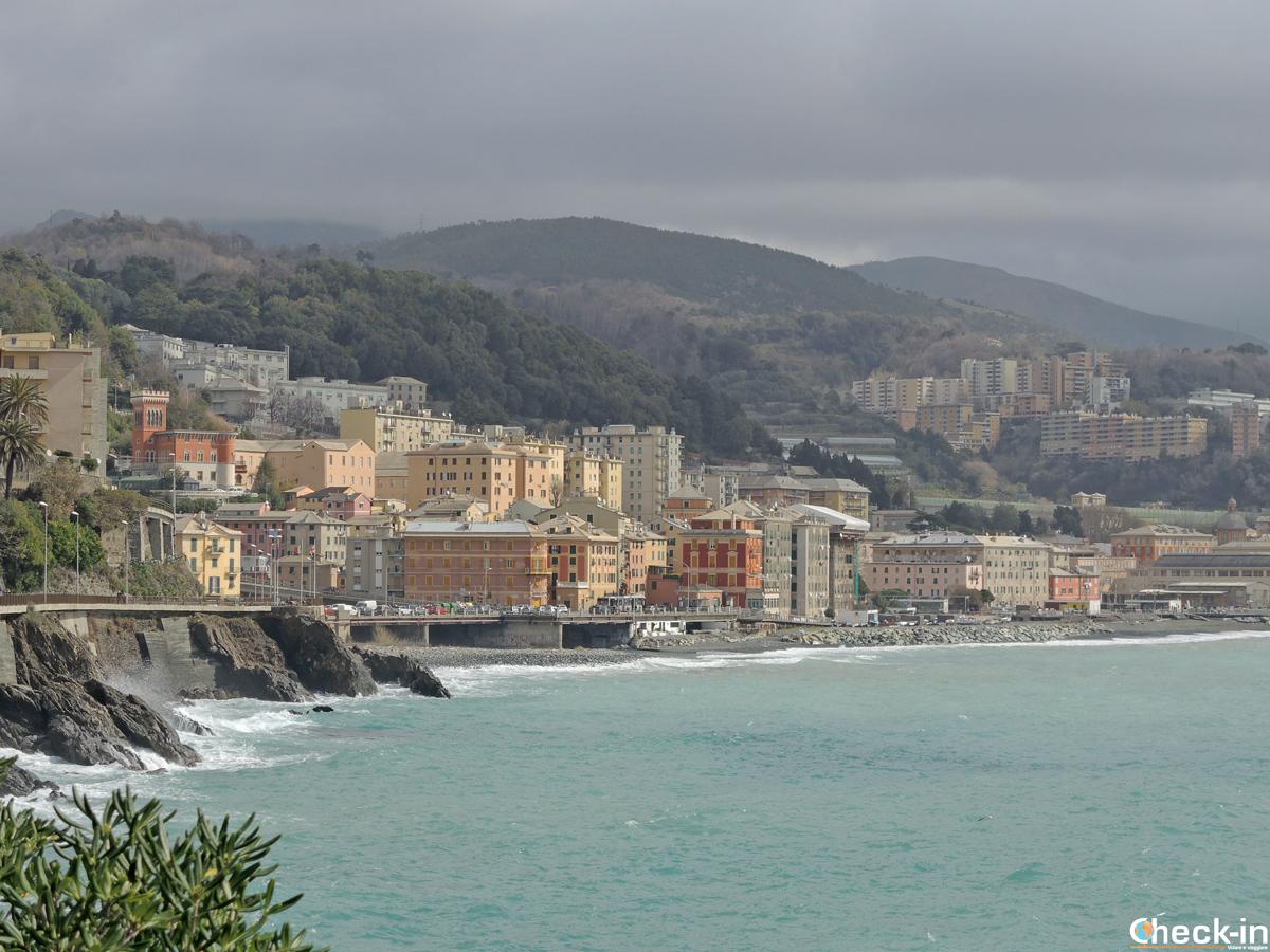 Passeggiata lungomare da Varazze a Genova Voltri - Liguria
