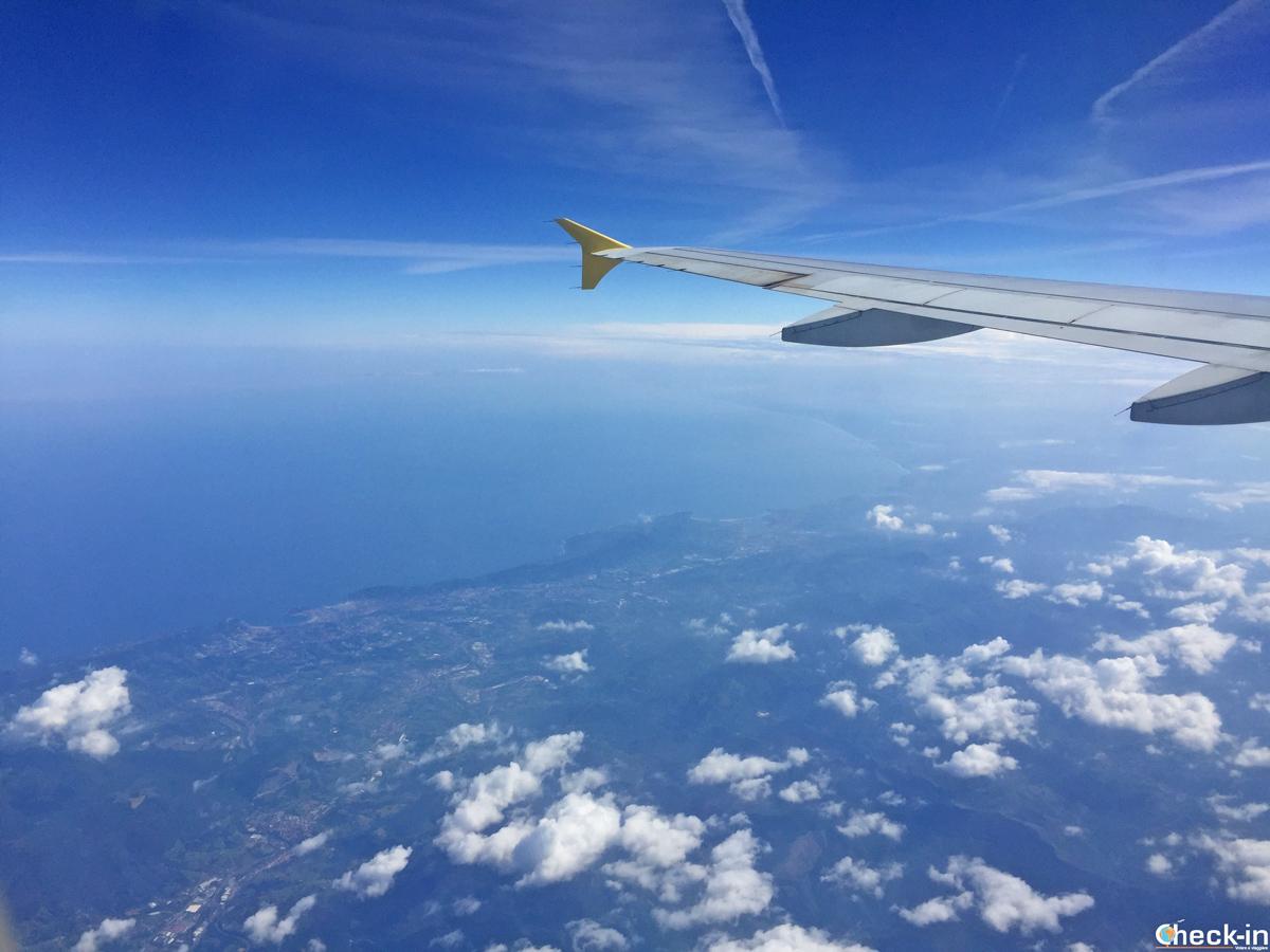 Volando sopra la costa basca con Vueling