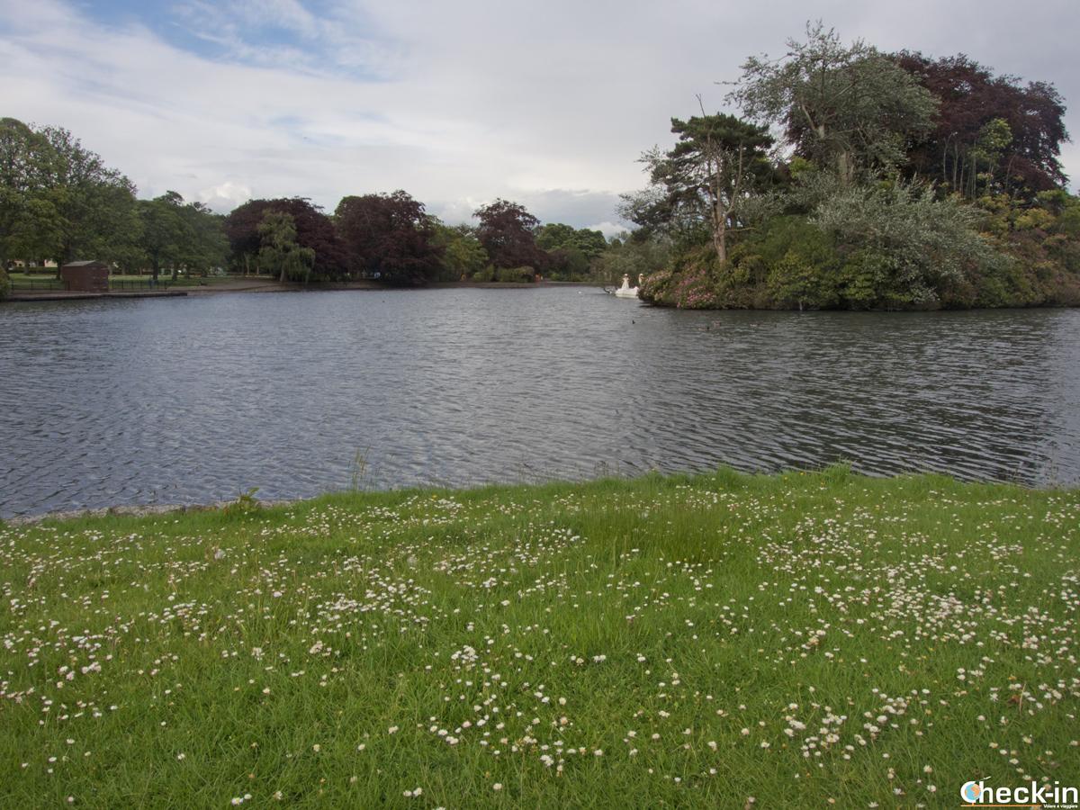 Laghetto al Beveridge Park di Kirkcaldy - Fife, Scozia