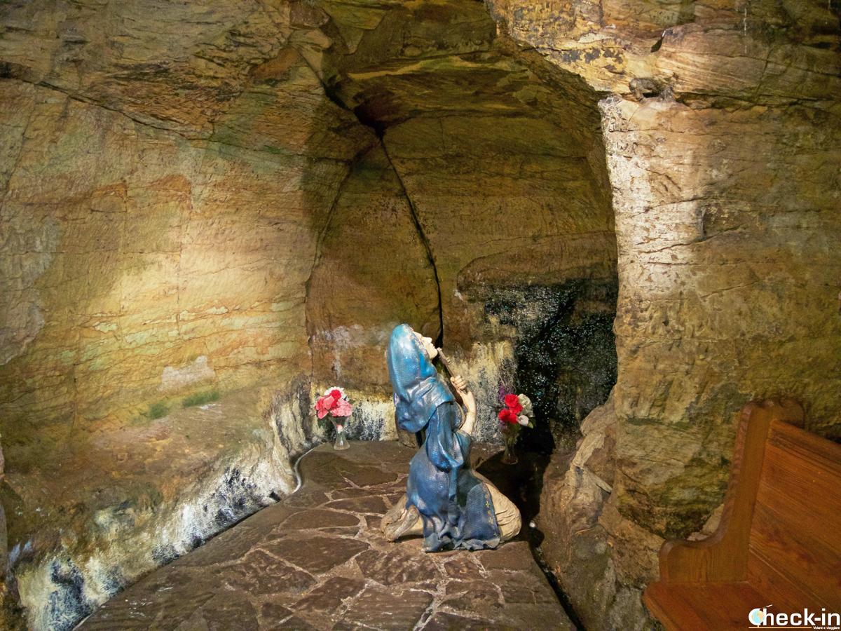 Visita della St Margaret's Cave di Dunfermline (Scozia)