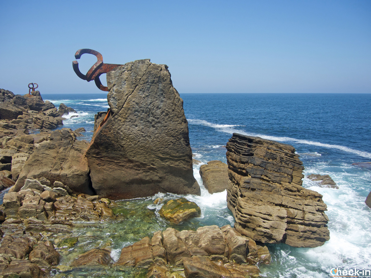 La scultura del Peine del Viento a San Sebastián-Donostia - Paesi Baschi, Spagna