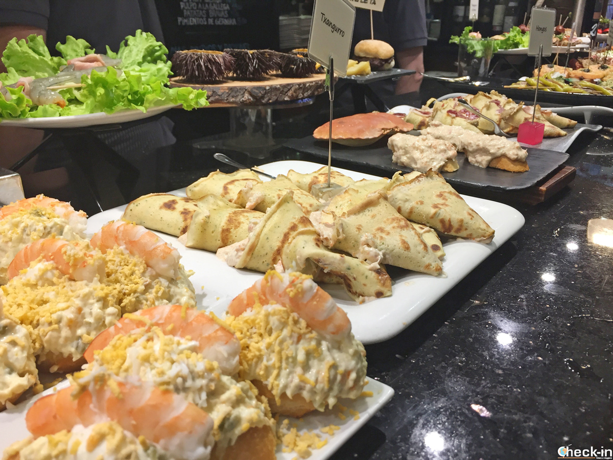 Degustazione di Pintxos al Bar Sport - Parte vieja di San Sebastián
