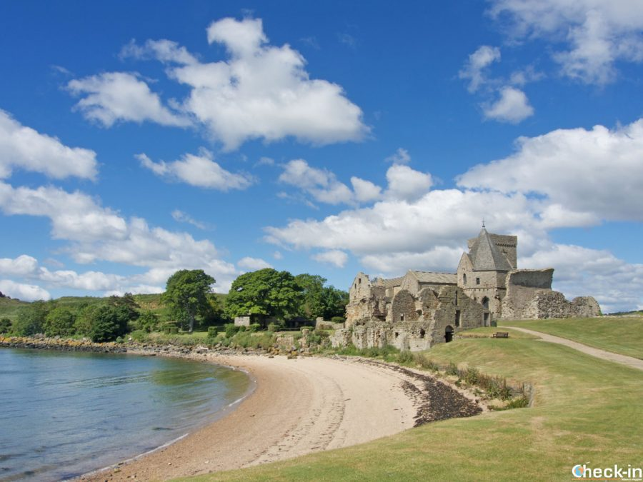 Panorama dell'isola di Inchcolm nel Firth of Forth - Edimburgo, Scozia