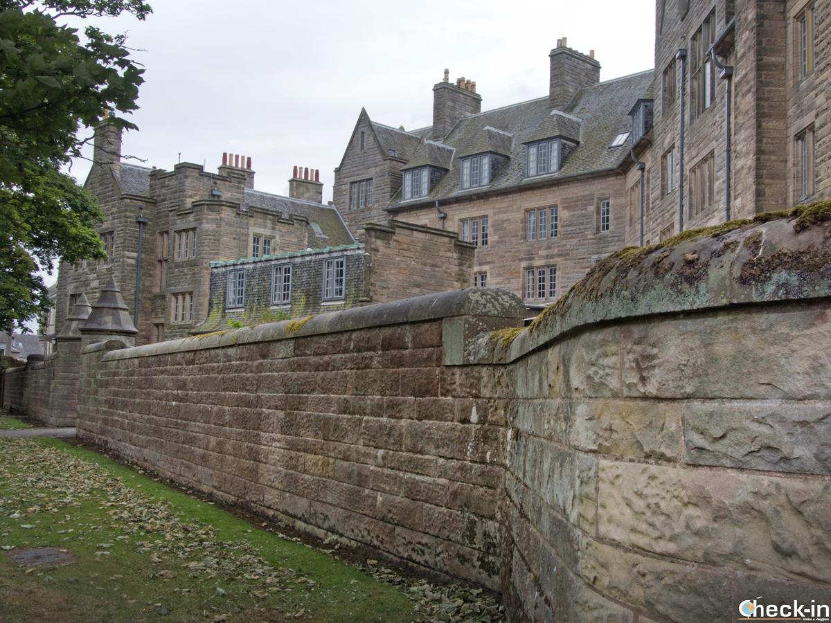 Uno dei palazzi dell'Università di St Andrews (Scozia)