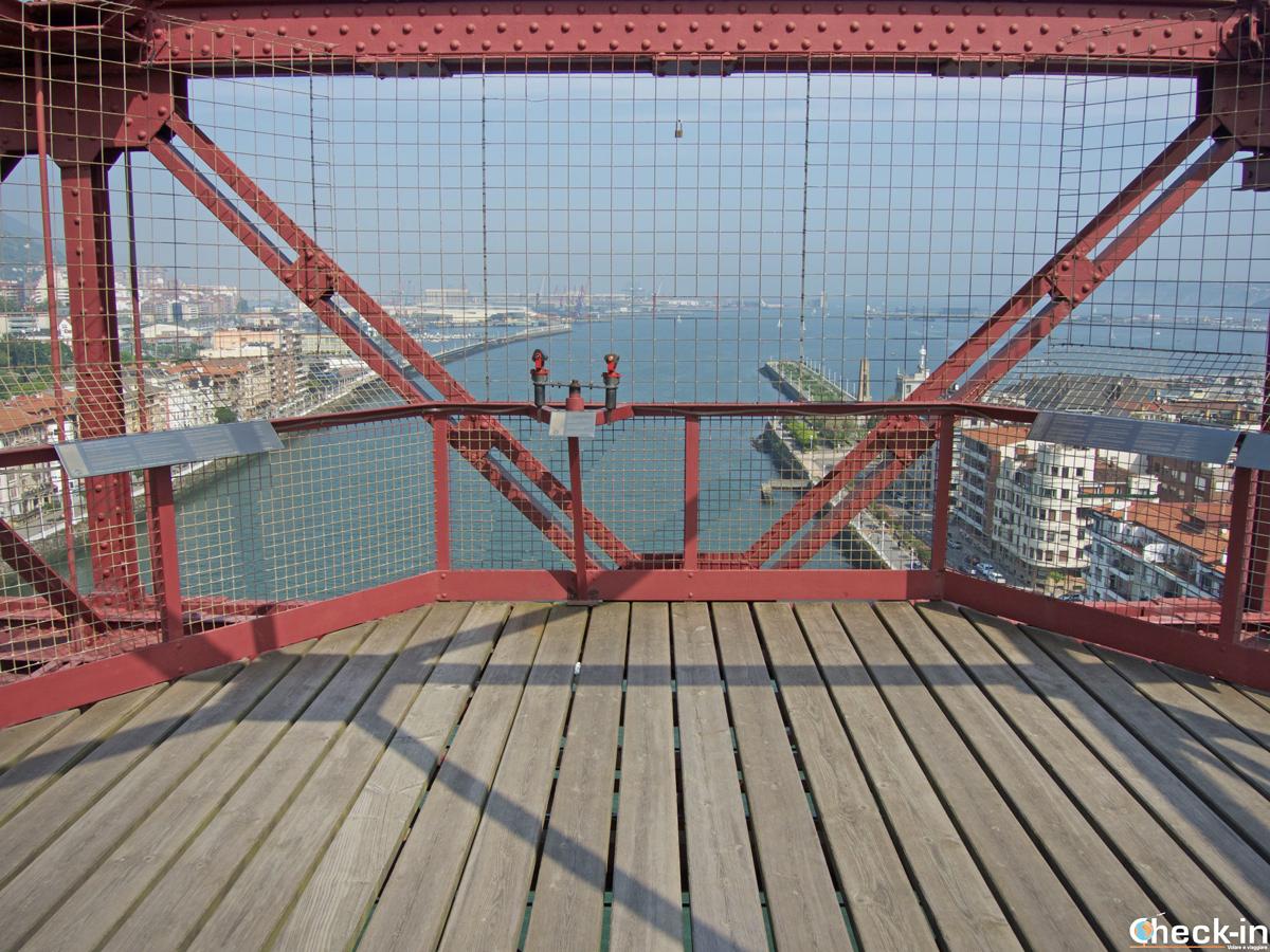 Pasarela sobre el Puente Colgante en Portugalete - Bilbao, Vizkaya