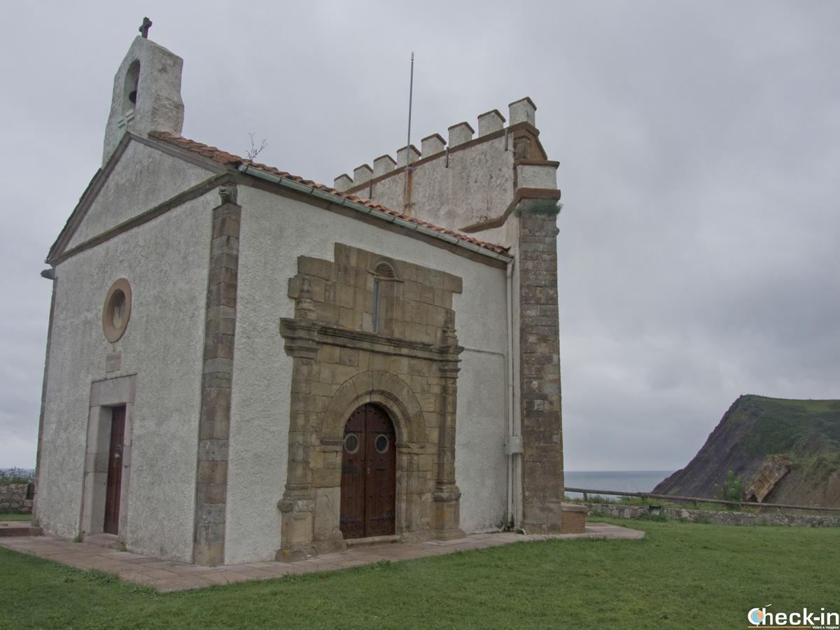 Ermita de la Virgen de la Guía - Ribadesella, Spagna