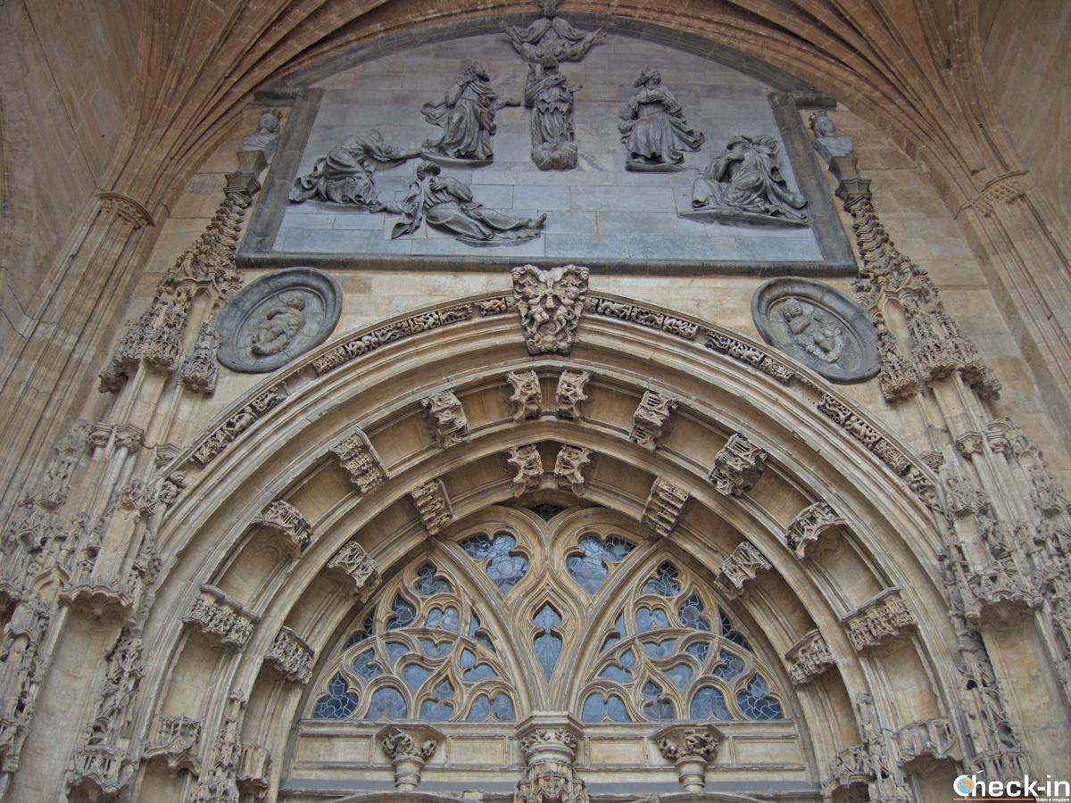 Ingresso della Catedral di Oviedo (Spagna)