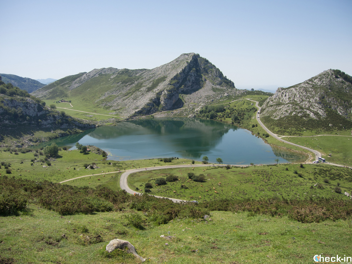 Panorama sul Lago di Enol - Asturie, Spagna