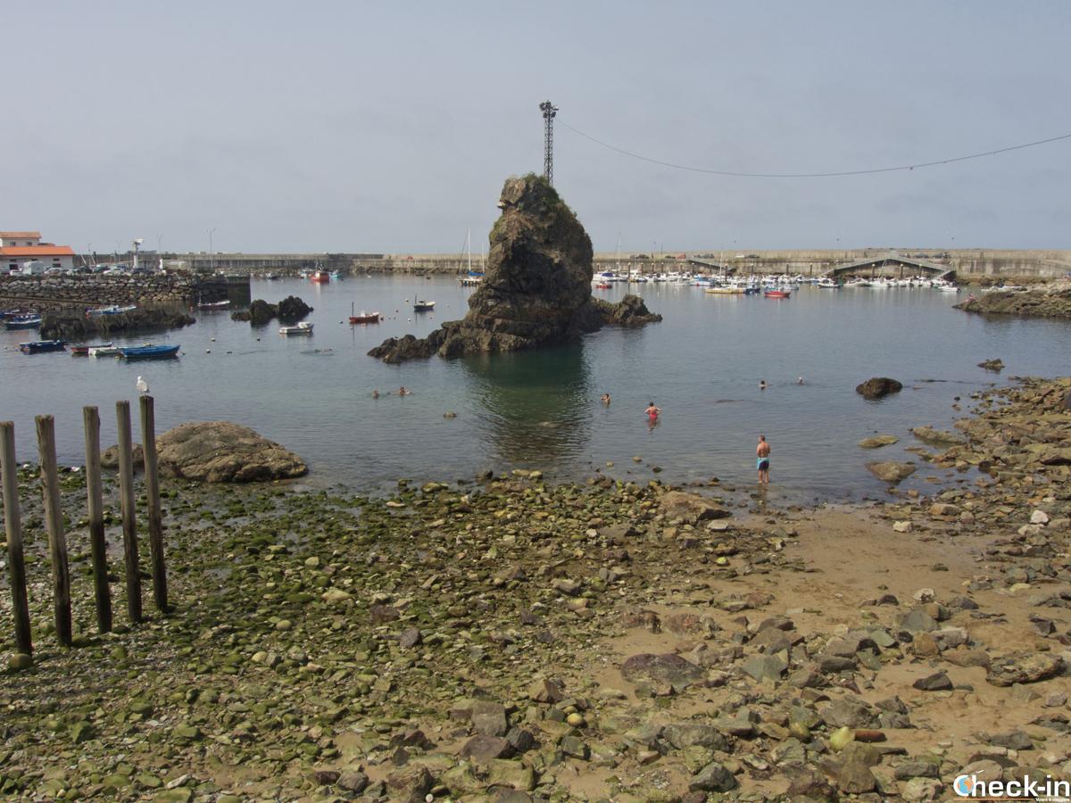 """La """"spiaggia"""" di Cudillero - Asturie, Spagna del nord"""