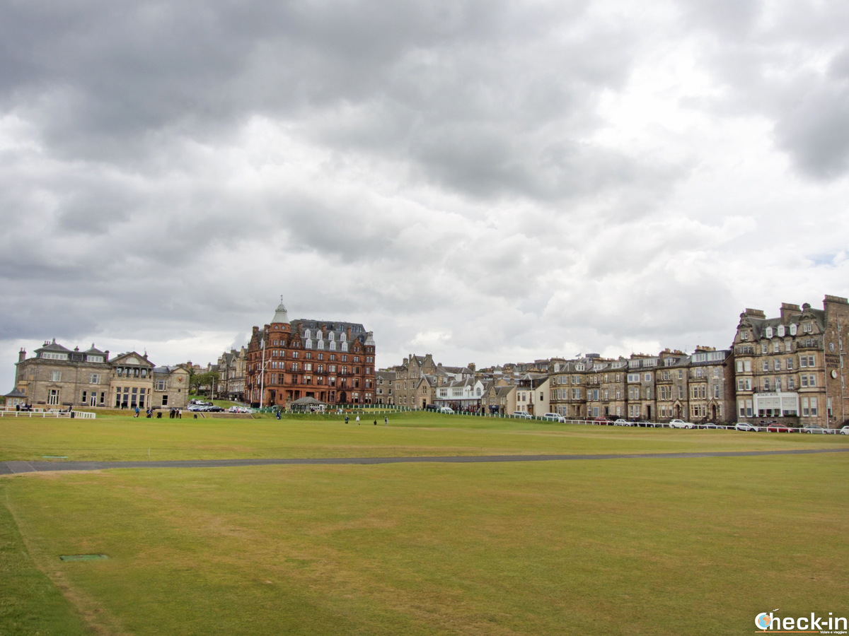 The Old Course at St Andrews Golf Links (Scotland)
