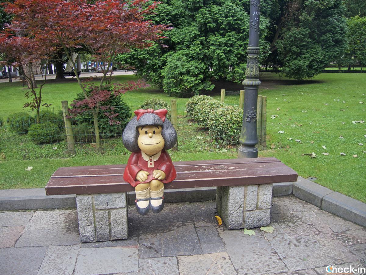 Statua di Mafalda nel Parque San Francisco di Oviedo (Spagna)