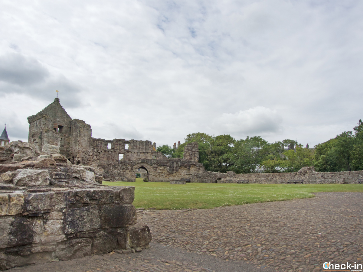 Sights of the ruined St Andrews Castle - Fife, Scotland