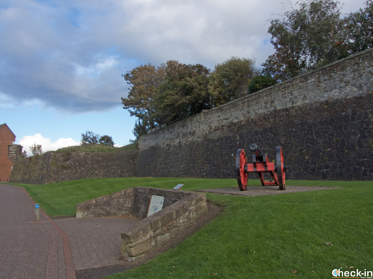 Le mura della Cromwellian Citadel a Ayr (Scozia)