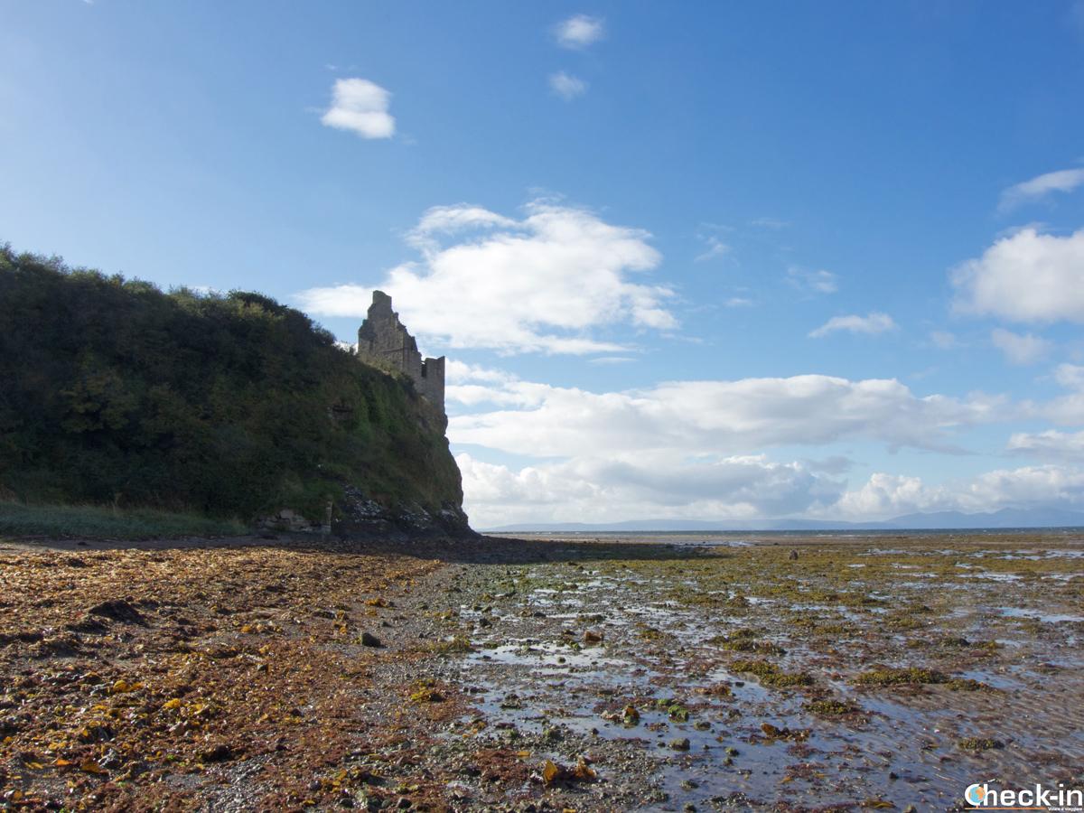 Greenan Castle, a sud del centro di Ayr (Scozia)