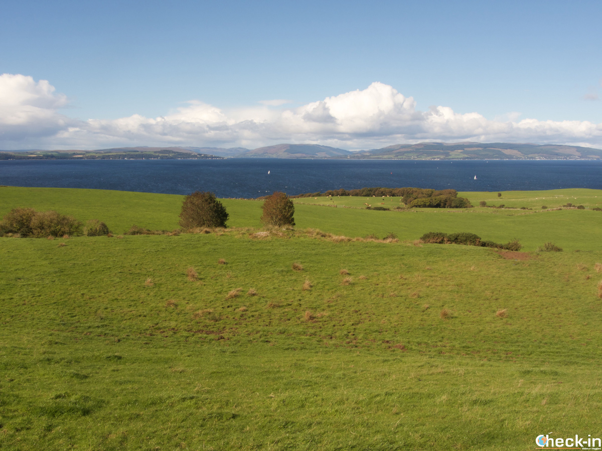 Great Cumbrae e vista su Arran e Bute (Scozia)