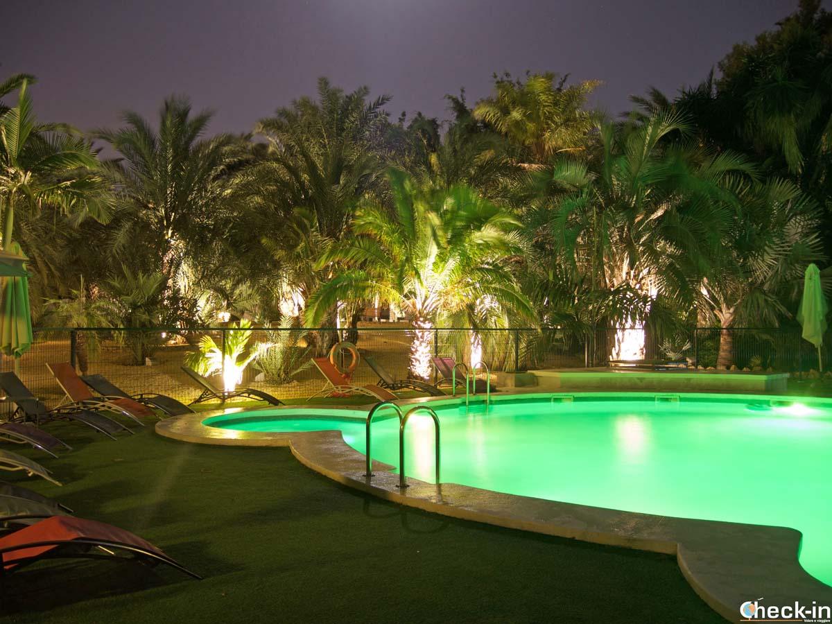 Piscina al Palmeral de Madaria vicino a Alicante (Spagna)