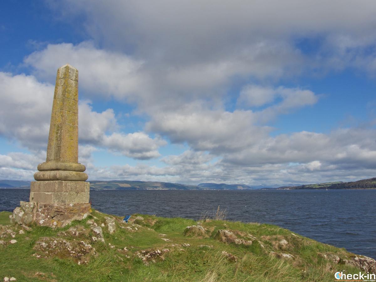 Il Tomont End Monument sull'isola di Great Cumbrae (Scozia)