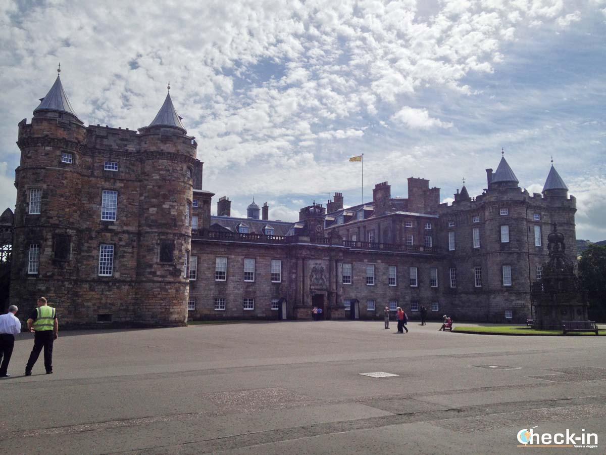 Le 5 attrazioni da visitare a Edimburgo: Holyrood Palace (compra qui i biglietti)