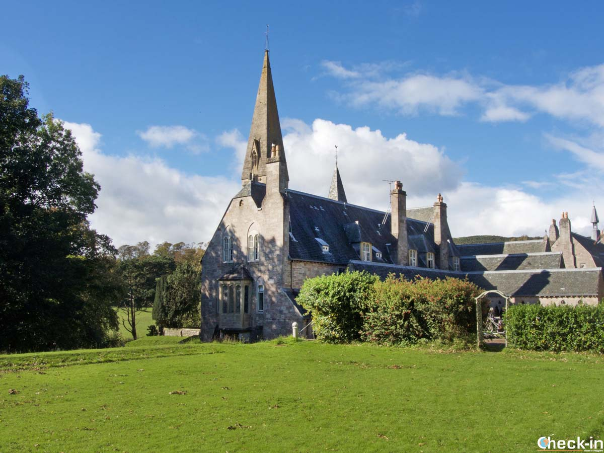The 4 best places to visit in Ayrshire - The Cathedral of the Isles in Millport