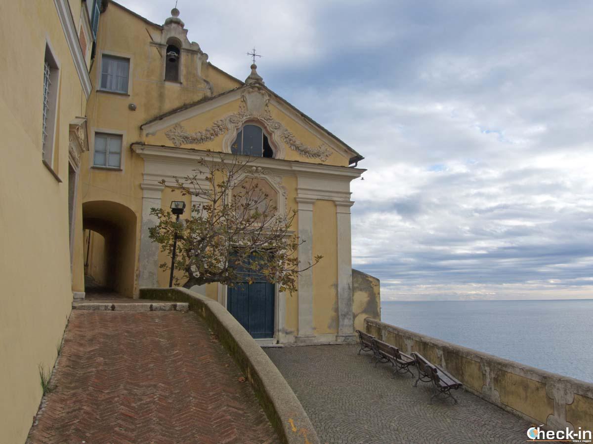 La Chiesa di Nostra Signora delle Grazie di Noli (Liguria)