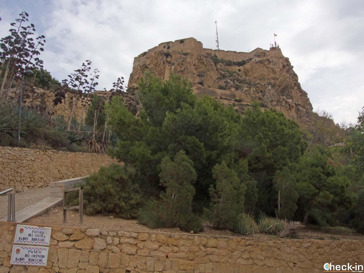 Cómo llegar al Castillo de Santa Barbara en Alicante - Costa Blanca, España