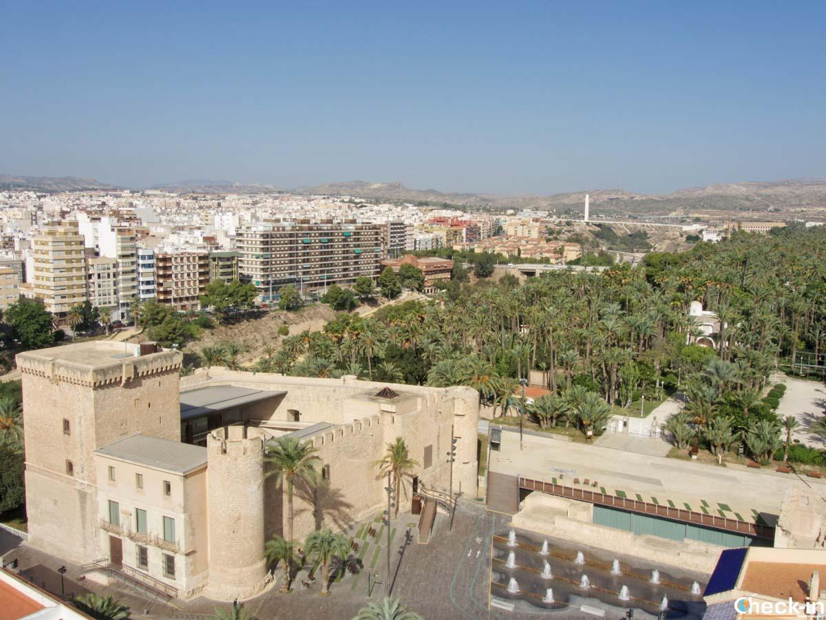 Panorama dalla torre della Basílica de S. María di Elche (Spagna)