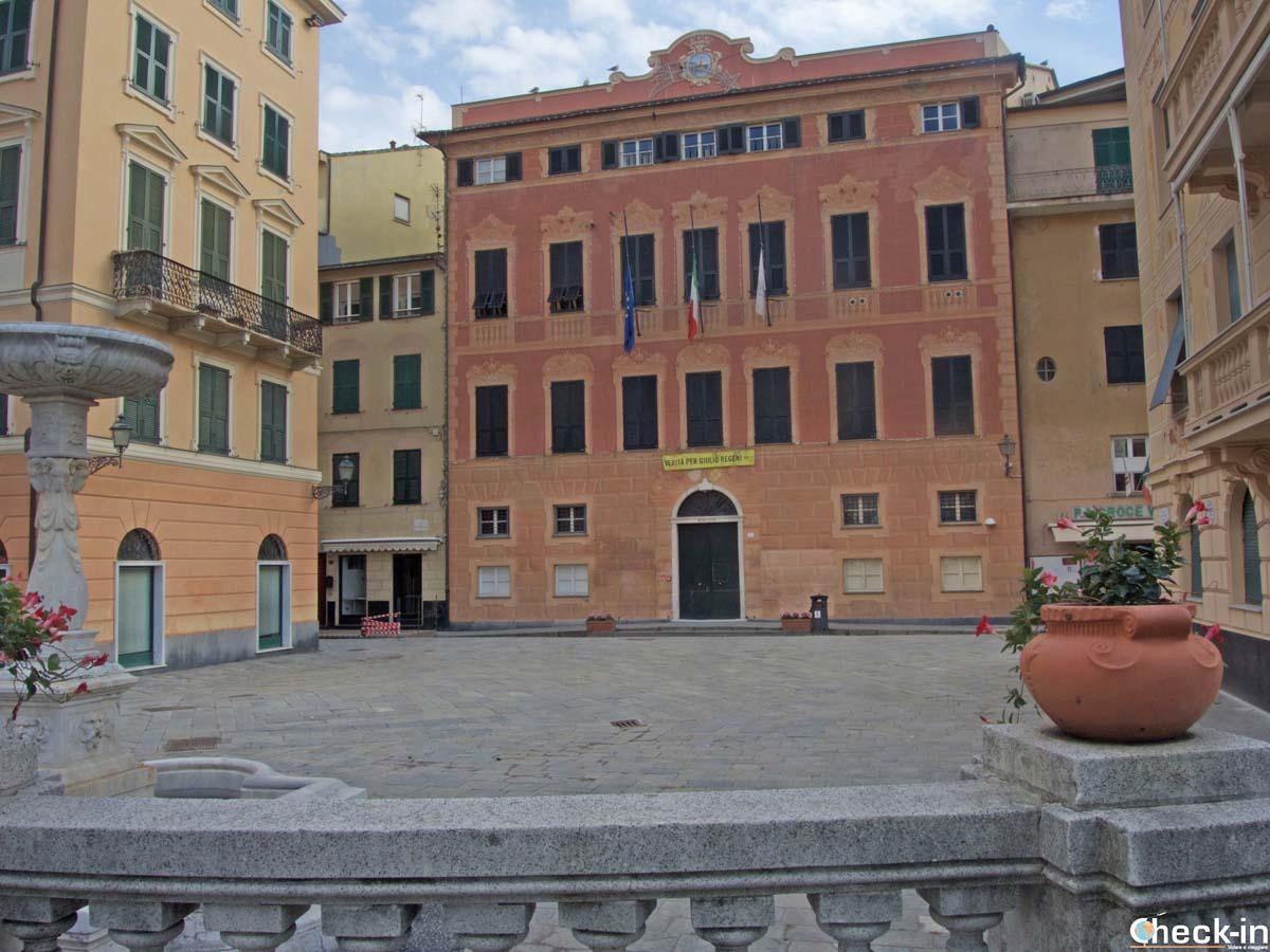 Due passi nel centro storico di Sestri Levante - Liguria di Levante