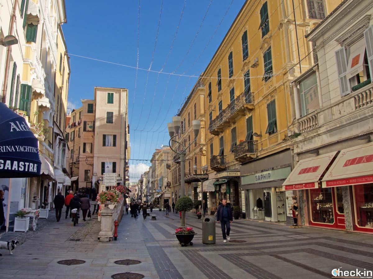Corso Giacomo Matteotti, la via dello shopping di Sanremo