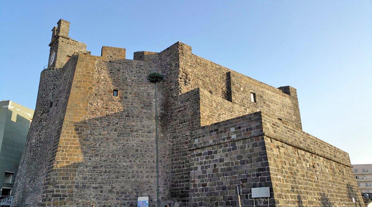 Visita del Castello di Pantelleria (Sicilia)